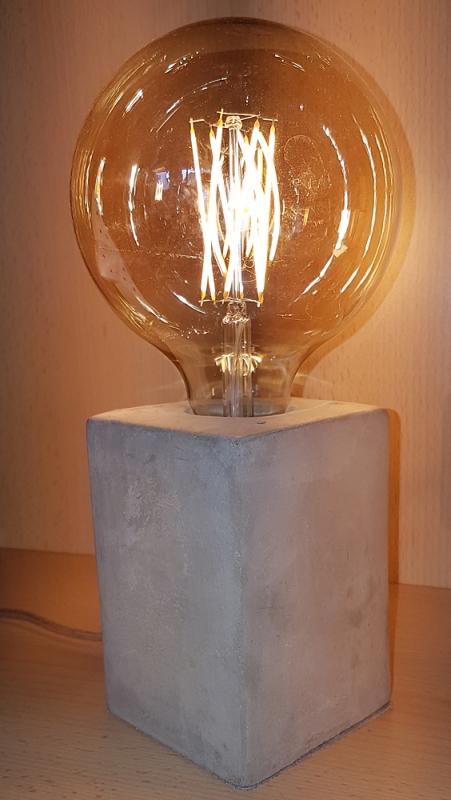 Edi-LED HOYER® Betonsockel E27